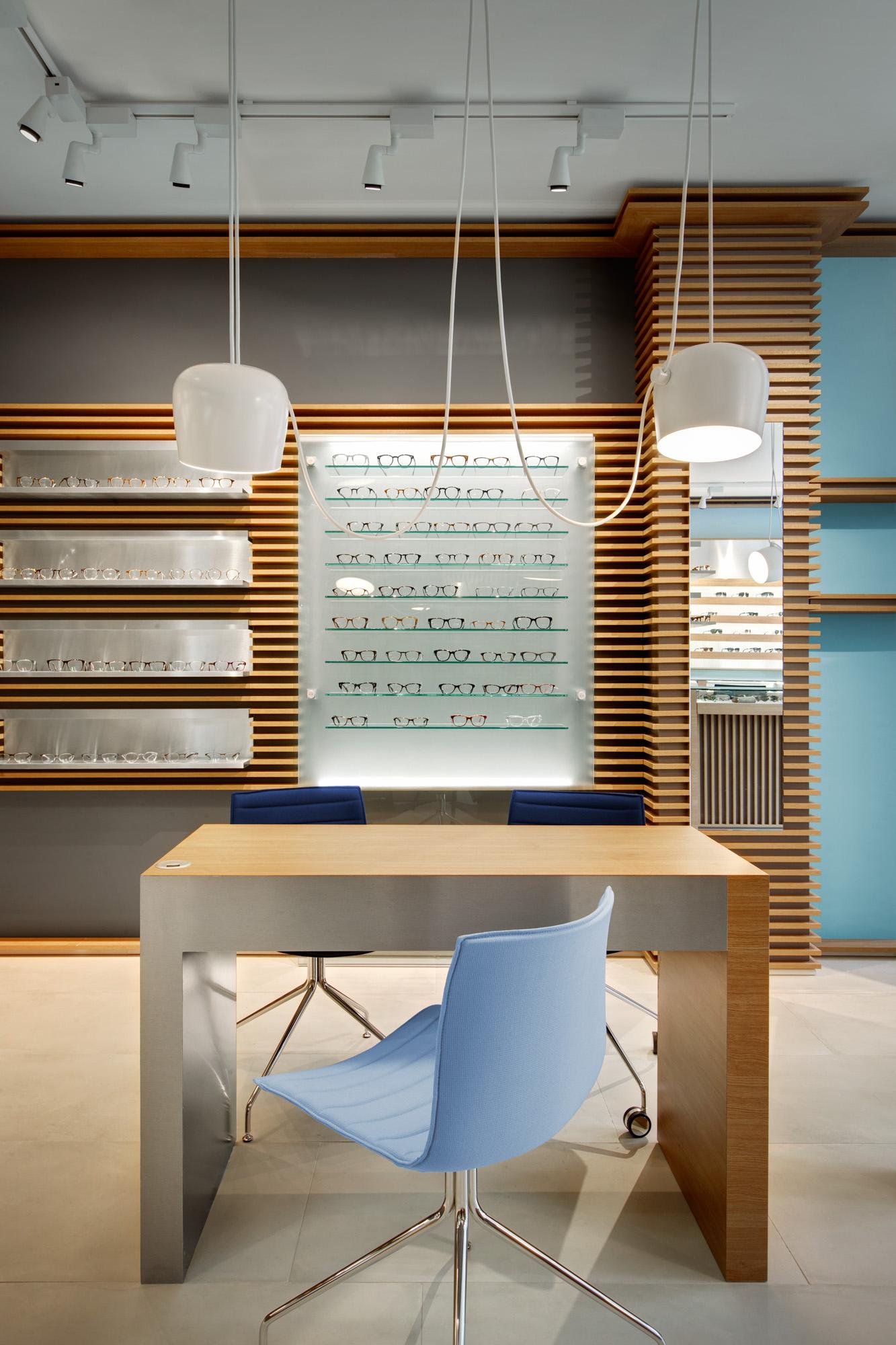 6-pisidesign-alessandra-pisi-architecte-agencement-opticien-design-thomas_opticien-06